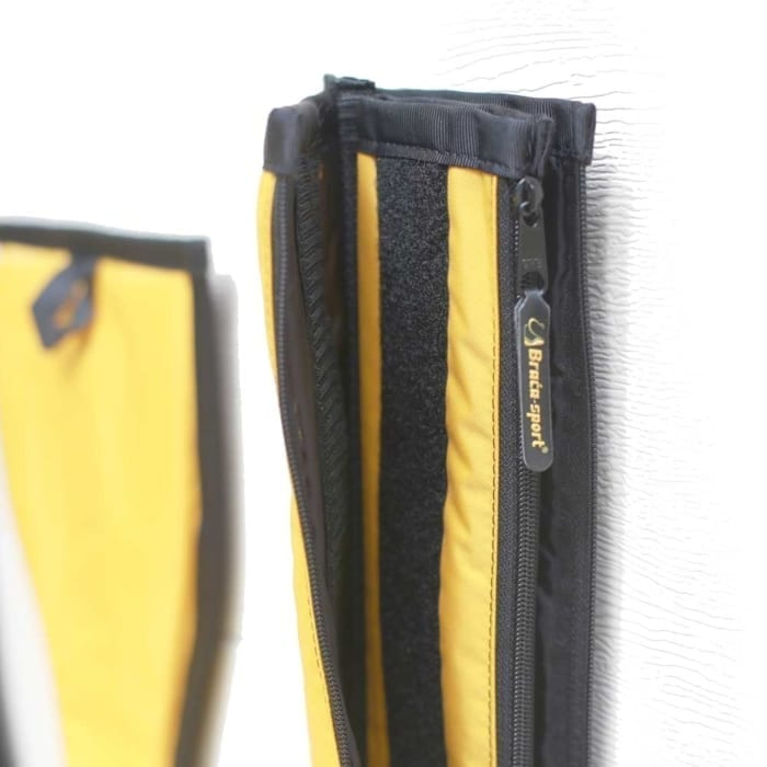 material, zipper, reinforced ends and velcro detail of braca dragon boat paddle case
